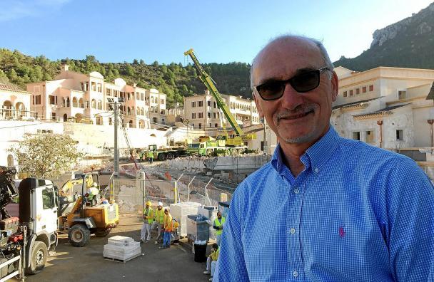 John Beveridge, director del nuevo hotel Park Hyatt de Mallorca, llega a la isla para supervisar su construcción