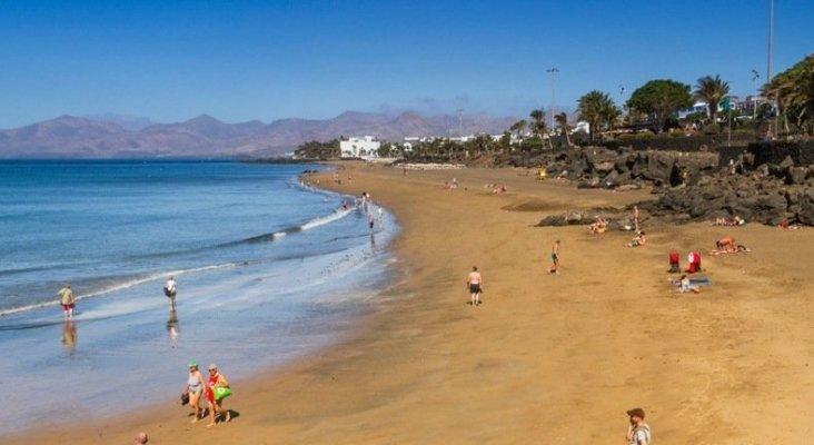 Playa Grande, Puerto del Carmen (Lanzarote)|Foto: Islas Canarias