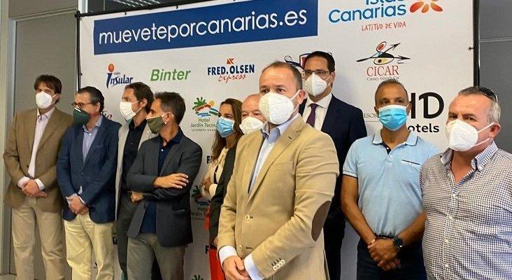 Representantes de las empresas que participan en 'Muévete por Canarias'