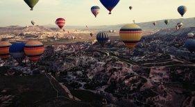 Para atraer turistas, Turquía ofrece seguros médicos que cubren el Covid  | Foto: Cappadocia, Turquía