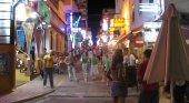 Los locales nocturnos de West End (Ibiza) podrán abrir sus terrazas hasta las 2.00 horas | Foto: Eduardo Pitt (CC BY-SA 2.0)