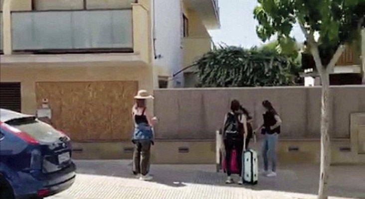 Turistas holandesas encuentran su hotel completamente cerrado al llegar a Mallorca |Foto: Diario de Mallorca