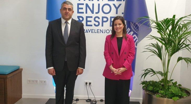 Zurab Pololikashvili, secretario general de la OMT, junto a Yaiza Castilla, consejera de Turismo de Canarias