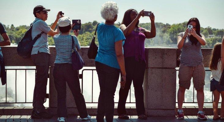 Ideología y turismo | Foto de Tim Gouw en Pexels