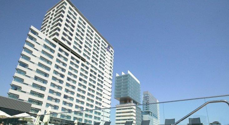 Fachada Hotel Hilton web Hilton