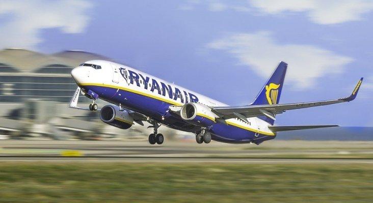Los pilotos de Ryanair en España también se rebajarán el sueldo para evitar despidos