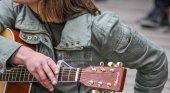 El Covid provoca aglomeraciones de músicos callejeros en la zona de terrazas de Palma (Mallorca)