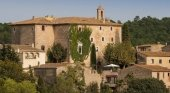 Un alojamiento de Airbnb para sentirse como 'reyes', en España | Foto: Airbnb