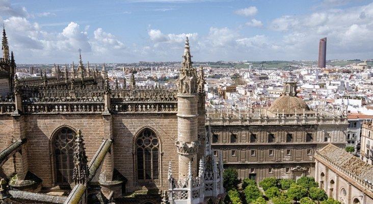 Más de un centenar de nuevos hoteles en desarrollo en Andalucía | Vista aérea de la ciudad de Sevilla