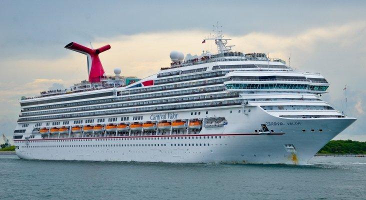 Carnival despide a 7.000 de sus empleados.