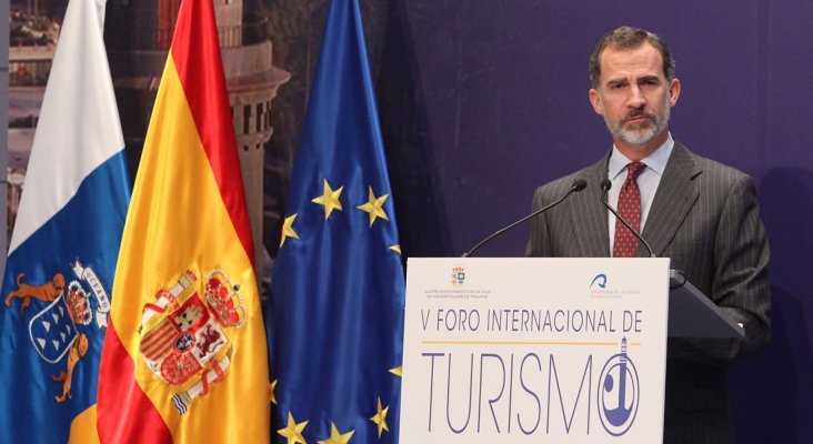 El Rey durante su intervención en el V Foro Internacional de Turismo