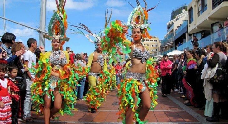 Comparsa de Carnaval | Foto: El Coleccionista de Instantes (CC BY-SA 2.0)