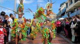 Comparsa de Carnaval   Foto: El Coleccionista de Instantes (CC BY-SA 2.0)
