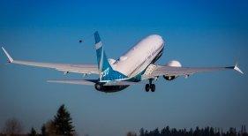Despegue del 737 MAX Foto: Boeing