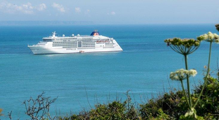 Canarias autoriza a operar entre islas a los cruceros Mein Schiff II de TUI y el Europa II de Hapag-Lloyd | Monster4711