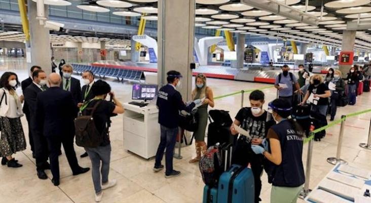 Alemania activa la cuarentena de 5+5 días para los viajeros de las áreas de riesgo   Foto: aeropuerto de Berlín