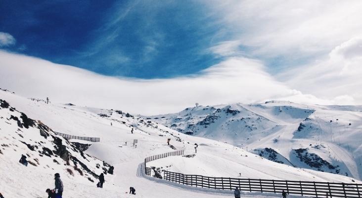 La estación de esquí de Sierra Nevada pospone su apertura | Foto: Melissa Ramirez (CC BY-SA 3.0 ES)
