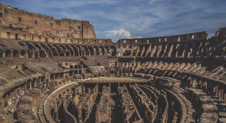 Comienzan los trámites para reconstruir la arena del Coliseo de Roma