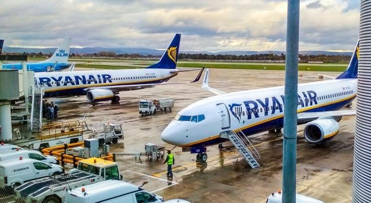 La CEAV vuelve a reclamar a Ryanair el reembolso de los billetes cancelados por la pandemia