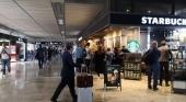 Comercios en aeropuertos contra las cuerdas