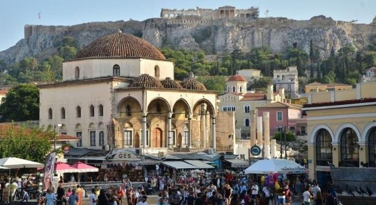 """Gobierno de Grecia """"La vacunación de los trabajadores turísticos es una cuestión prioritaria"""". Atenas"""