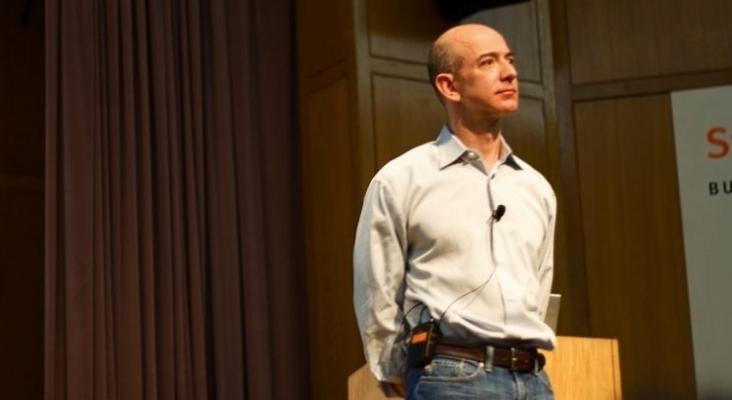 Jeff Bezos abandona Amazon para concentrarse en los viajes al espacio con Blue Origin  Foto Mathieu Thouvenin (CC BY NC ND 2.0)