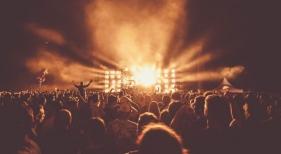 Francia permitirá los festivales de música durante el verano 2021