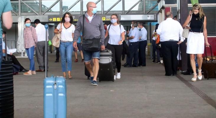 """Reservas """"masivas"""" de británicos para viajar a la C. Valenciana a partir de mayo"""