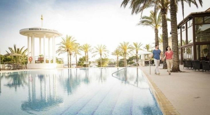 Las cadenas hoteleras adelantan la apertura de hoteles en Mallorca (Baleares)  Foto Hotel Robinson Club Cala Serena