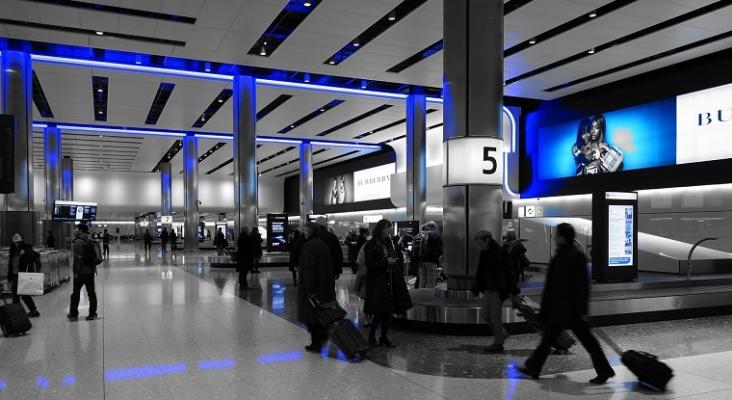Colas de hasta 7 horas en el control fronterizo del Aeropuerto de Heathrow (Londres)