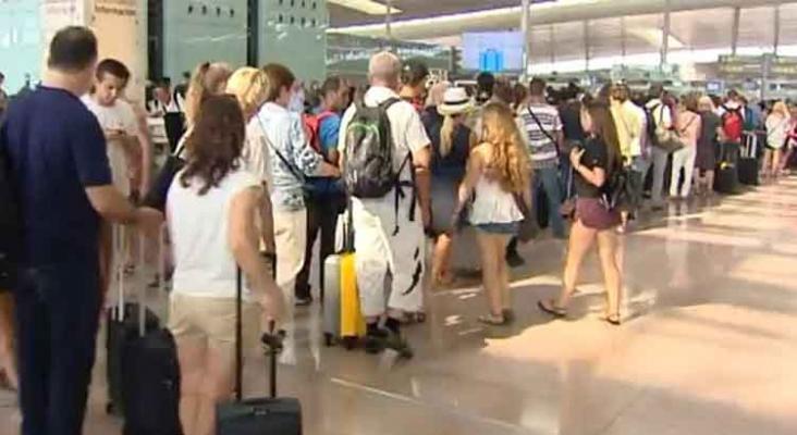 Guardia Civil advierte de un posible colapso en los aeropuertos por controles derivados del Brexit