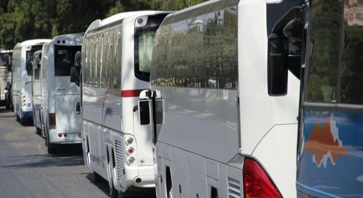 El 95% de la flota de autobuses de Alicante, paralizado por la ausencia de turismo