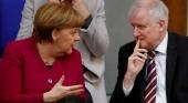 La industria de viajes alemana ha sacado las garras contra Merkel |Foto: Angela Merkel y Horst Seehofer, ministro del interior