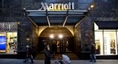 Cadena hotelera Marriott pagará un extra a los empleados para incentivar la vacunación. (Daniel Acker/Bloomberg © 2018 BLOOMBERG FINANCE LP)