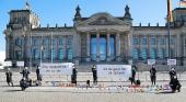 Protesta frente al Reichtag, en Berlín| Foto: Mein Urlaubsglück