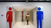 El aeropuerto de Narita (Tokio) instala dispensadores de papel higiénico para móviles