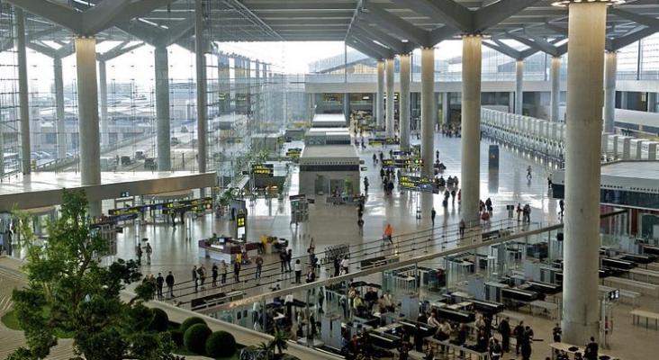 """Aehcos reclama """"guiños"""" a las aerolíneas para la recuperación del tráfico   Foto de Pop9000, CC BY-SA 4.0 (Wikimedia Commons)"""