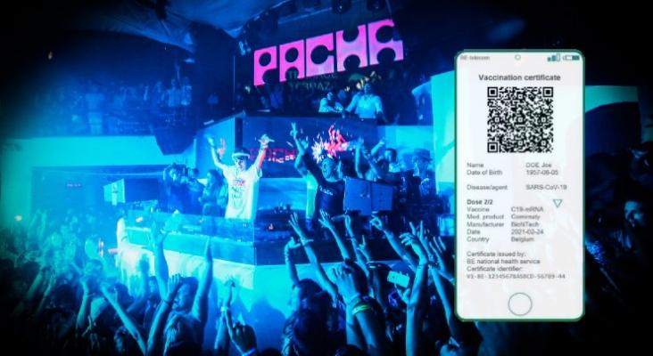 Sin pasaporte de vacunación, no se podrá entrar a las discotecas de Ibiza   Foto de Danny Wade, CC BY SA 3.0 (Wikimedia Commons)