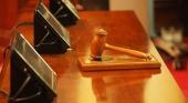 La Justicia belga obliga al gobierno a reabrir hoteles y permitir los viajes