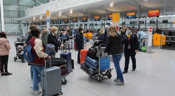 Los turistas en cuarentena de Baleares deberán pagar la estancia adicional en el hotel. Foto welt.de