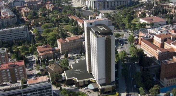 Montacargas de un hotel de Barcelona cae 18 pisos y deja 3 heridos