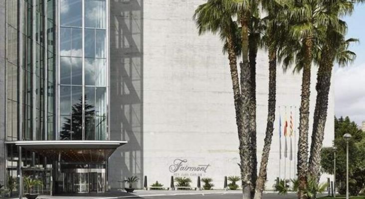Entrada hotel Fairmont Rey Juan Carlos I de Barcelona | Foto Fairmont