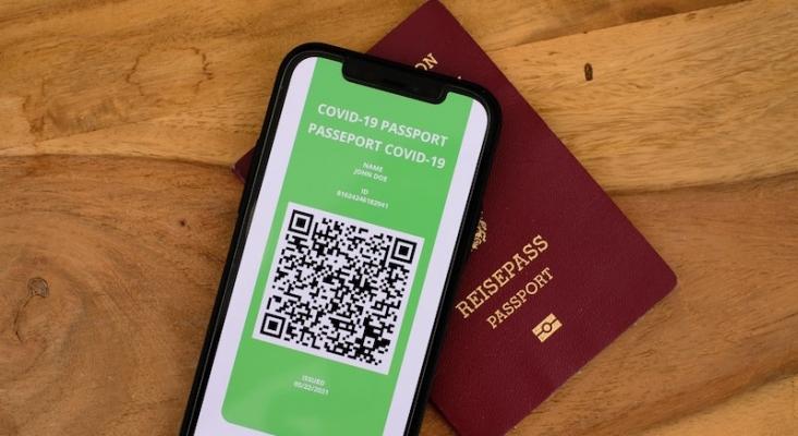 España implantará el 'pasaporte de vacunación' de la UE en junio, tras una prueba piloto en mayo   Foto: DS Legal