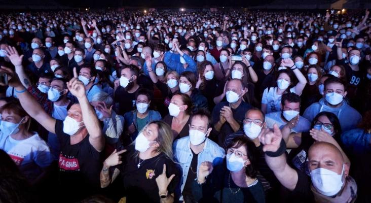 """El concierto de Love of Lesbian ante 5.000 personas: """"Sin impacto en la transmisión del Covid""""  Foto: rtve.es"""
