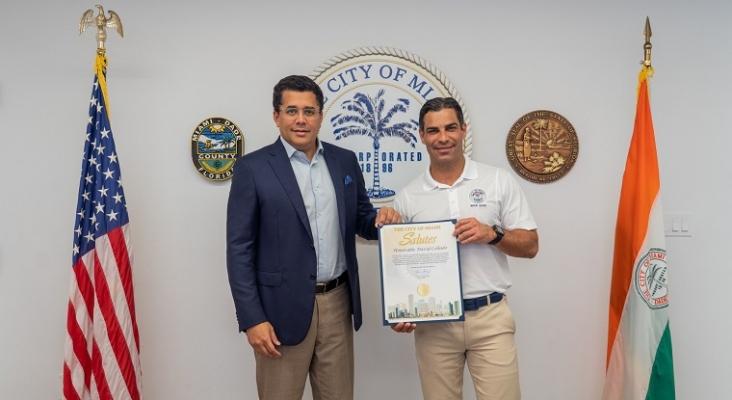 El ministro de Turismo dominicano visita Miami para consolidar al mercado estadounidense| Foto: Twitter de David Collado