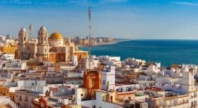 Andalucía quiere imitar a Balearesy ampliar la edificabilidad de los hoteles