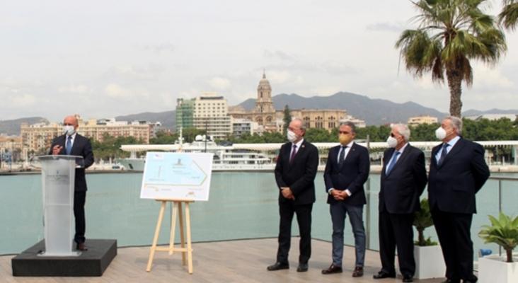 Comienzan las obras de adaptación para el atraque de megayates en el Puerto de Málaga | Foto de malagaport.eu