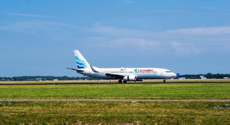 Avión de Corendon
