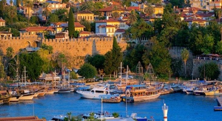 Bentour organiza varios viajes de familiarización para respaldar a Turquía   iStock