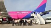 Lanzarote da la bienvenida al primer vuelo de Wizz Air que unirá todas las semanas la isla con Budapest